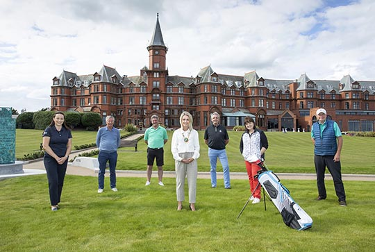 Irish Golf Tour Operators are welcomed to the area by Council Chairperson Cllr Laura Devlin.